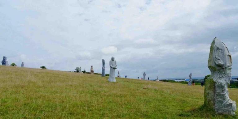 groupe de statues